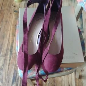 Xoxo wine/ burgundy color lace up shoes